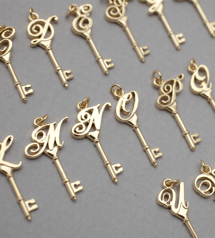 Personalized Gold Pendant Personalized gold initial key pendant necklace silverstella 925 personalized gold initial key pendant necklace silverstella audiocablefo